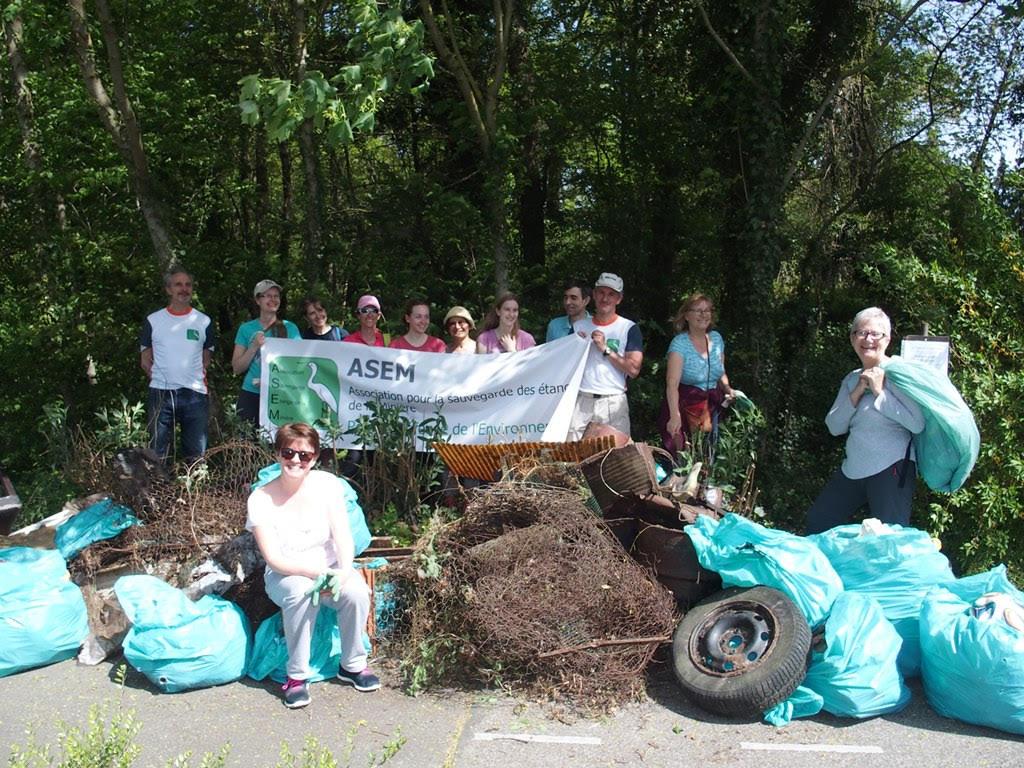 """L'ASEM a organisé une nouvelle opération """"nettoyons la nature"""""""
